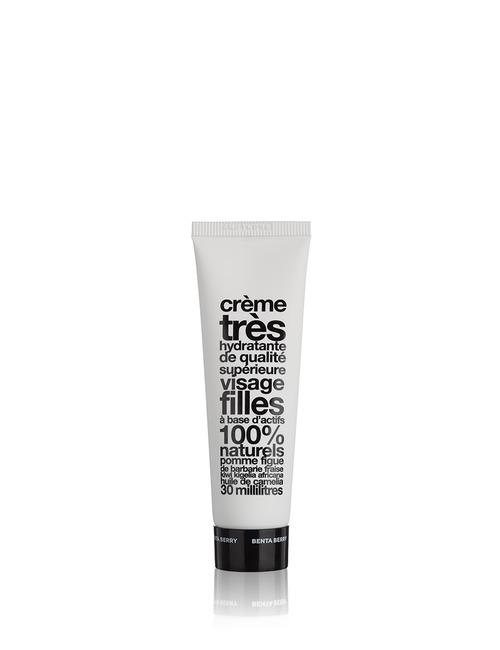 Closeup   bentaberrysuper moist face cream girls web