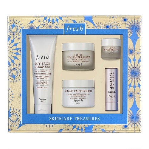 Closeup   fresh skincaretreasuresset