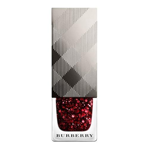 Closeup    0036 4029825 nail polish ruby glitter web